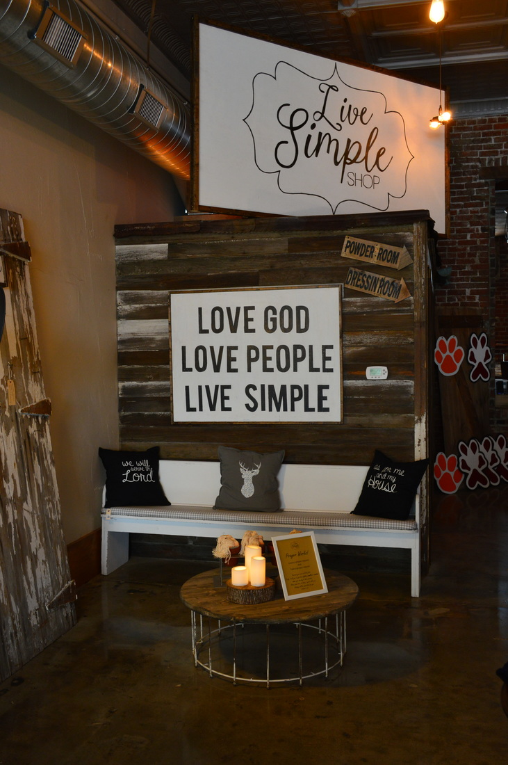 store front, live shimple, ootd, t shirts, T's, christian T's, Christian T shirts, live simple, etsy t shirts, store front, cute store front, industrial store front